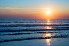 Atlantik-Sonnenuntergang, Lacanau Frankreich Stockbilder