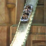 Atlantis-Achterbahn-Fahrt, SeaWorld, San Diego Stockbild