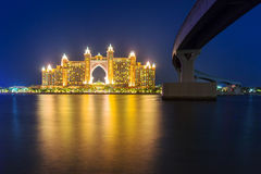 Atlantis hotel iluminated at night in Dubai Royalty Free Stock Photos