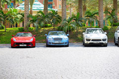 The Atlantis the Palm hotel and limousines Stock Images