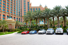 The Atlantis the Palm hotel and limousines Royalty Free Stock Images