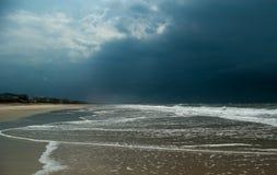 Atlantische oceanfront na het onweer Royalty-vrije Stock Fotografie