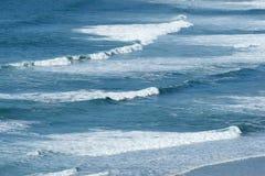atlantiska waves royaltyfria bilder