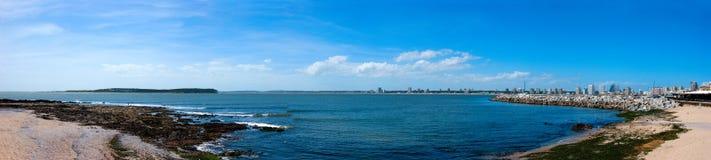 atlantiskt kustlinjemontevideo hav uruguay Arkivbilder