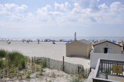 Atlantycki miasto, Nowy - bydło, 3rd Lipiec: Plażowa scena w Atlantyckim miasto kurorcie od Nowego - dżersejowy usa Obraz Royalty Free