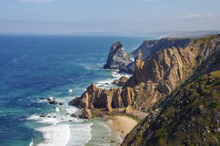 Atlantycki ocean linii brzegowej widok od Cabo da Roca przylądka Roca jest a Zdjęcie Stock