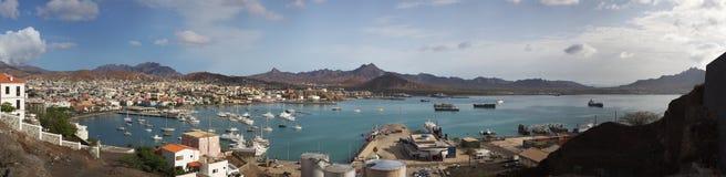 Atlantycki ocean, podpalany Porto Grande, marina i miasto, Obraz Royalty Free
