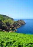 Atlantycki oceanu wybrzeże przy Pointe Du Raz Obrazy Royalty Free