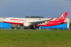 Atlas Clobal A330 stockfotos