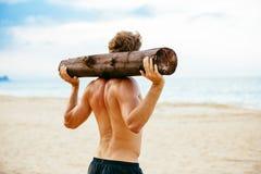 Atleta maschio Exercising Outdoors Immagini Stock Libere da Diritti