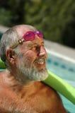 Atleta mayor en perfil Fotografía de archivo libre de regalías