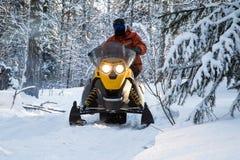 Atleta na snowmobile Zdjęcie Royalty Free