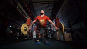 Atleta podnosi ciężkiego barbell zdjęcie wideo