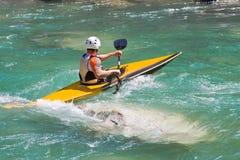 Atleta in una canoa Immagine Stock