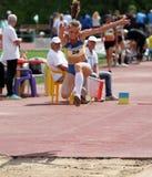atleta współzawodniczy skok trójkę Obrazy Royalty Free