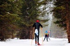 Atletas dos esquiadores do grupo Fotografia de Stock Royalty Free