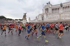 Atletas que participam na 2á maratona em Roma Imagens de Stock