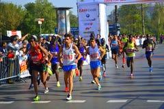 Atletas superiores que funcionan con a Sofia Marathon Imágenes de archivo libres de regalías