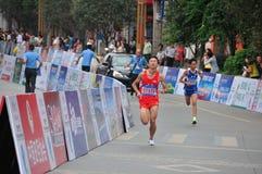 Atleten in de marathon Royalty-vrije Stock Fotografie