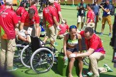 Atleten die medische aandacht worden gegeven bij Rio2016 royalty-vrije stock fotografie