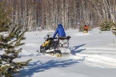 Atlety na snowmobile Zdjęcia Stock