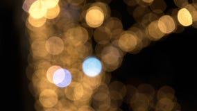 Atmósfera fantasmagórica de las luces de la Navidad blurrry FDV almacen de metraje de vídeo