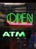 ATM öffnen Stockfoto