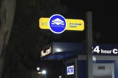 ATM öppnar 24 timmar Fotografering för Bildbyråer