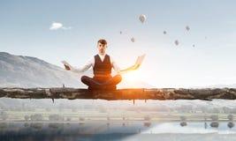 Atmen Sie tief ein und entspannen Sie sich Stockfotografie