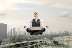 Atmen Sie tief ein und entspannen Sie sich Stockfotos
