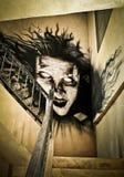 Atmosfär med en läskig spöke royaltyfri fotografi