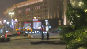 atmosfera świąteczna Boże Narodzenie zabawki wiesza na drzewie E zbiory