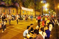 Atmosfera ammucchiata, stile di vita della gioventù di Ho Chi Minh Immagine Stock Libera da Diritti