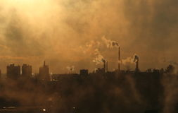Atmosfera di inquinamento del fumo Immagini Stock Libere da Diritti