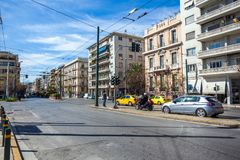 11 03 2018 Atnens, Ελλάδα - σπίτια και οδοί της Αθήνας, σύγχρονα Στοκ εικόνες με δικαίωμα ελεύθερης χρήσης
