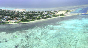 Atolón o Seenu Atoll, el sur de Addu la mayoría del atolón de las islas de Maldivas Imágenes de archivo libres de regalías