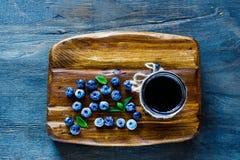 Atolamento caseiro da uva-do-monte Imagem de Stock Royalty Free