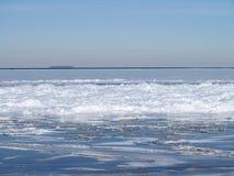 Atolamento do gelo no lago Erie Fotografia de Stock