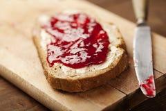 Atolamento no pão Fotos de Stock Royalty Free