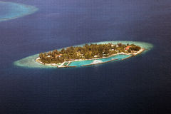 Atoll en Maldives Photographie stock libre de droits
