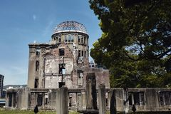 Atom- kupol i Hiroshima Japan arkivfoton