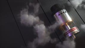 Atomiseur d'égoutture de Rebuildable en nuages de vape 3d rendent Image libre de droits