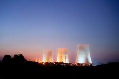 Atomkraftwerk Lizenzfreie Stockfotos