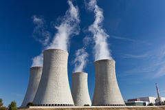Atomkraftwerk Lizenzfreie Stockbilder