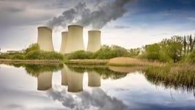 Atomkraftwerk, Energetikindustrie stock video