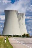 Atomkraftwerk Temelin Straße stockfoto