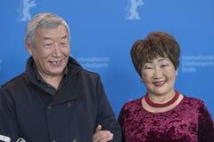Atores Mikhail Aprosimov e Feodosia Ivanova durante o 68th Berlinale imagem de stock