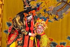 Atores não identificados do trupe da ópera de Beijing fotos de stock