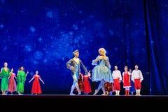 Atores na fase do teatro da ópera de Wroclaw fotos de stock royalty free