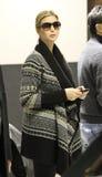 Atout d'Ivanka de membre de la haute société à l'aéroport de LAX, CA Photo libre de droits